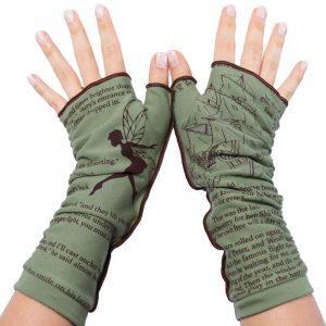 Literary-inspired gloves