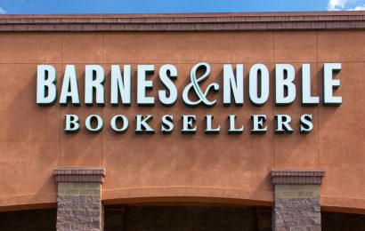 What writers need to know about the ongoing Barnes & Noble sale